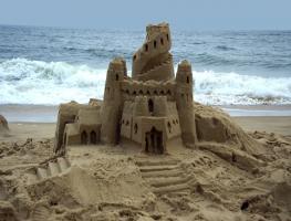 Afbeeldingsresultaat voor sand castle